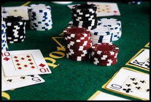 Why Always Lose Playing Online Poker Gambling